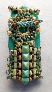 Diva beads toggle